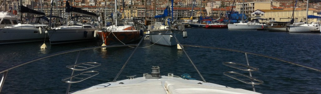 bateau moteur bains de soleil