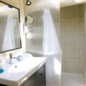 Location Sète centre T2 Lavabo et douche