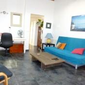 Location Sète centre T2 salon canapé convertible