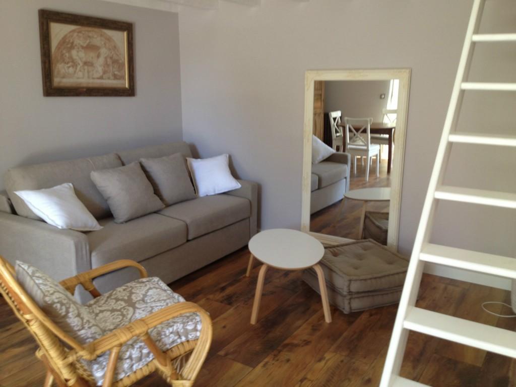 Vacances s te locations beau studio pour 2 avec for Sete appart hotel