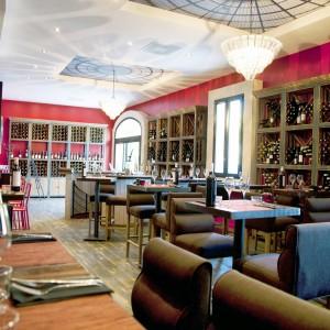 Pezenas-hotel-bistrot-bar-CopyF.MARECHALLE