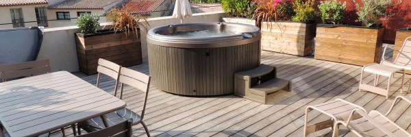 Pezenas-hotel-terrasse-appart-jacuzzi