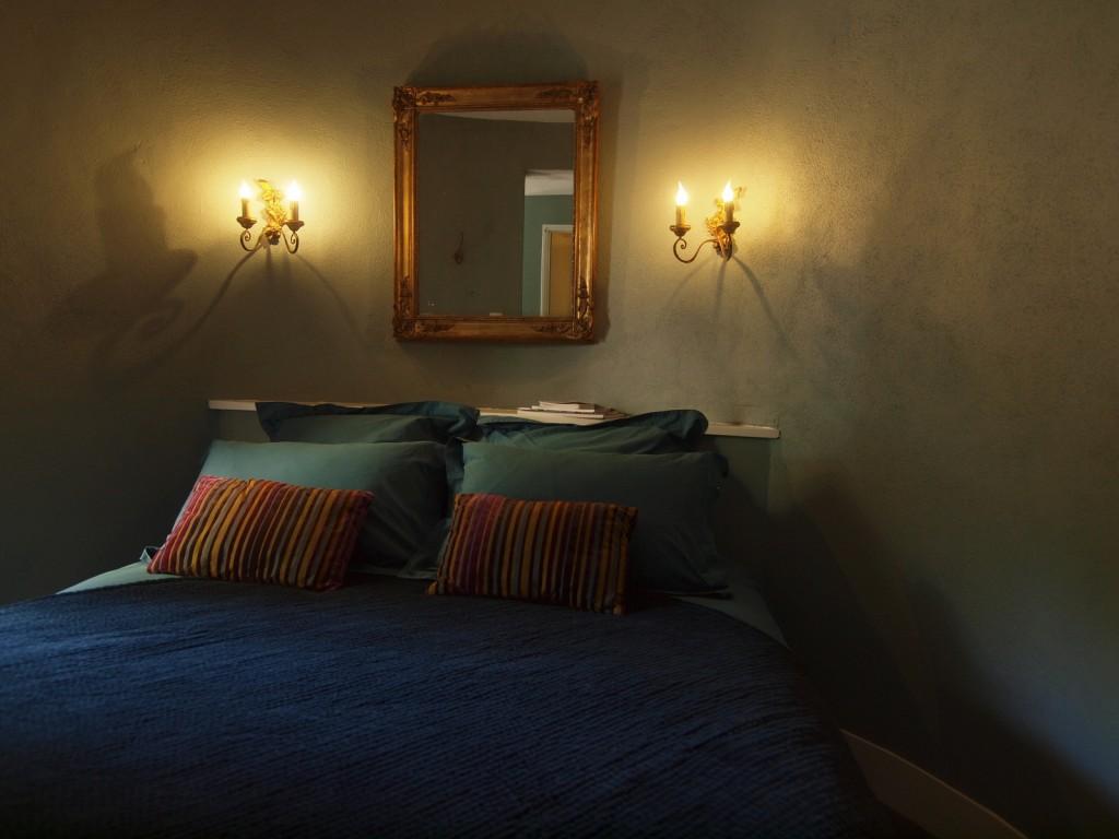sur les hauteurs de la ville location vacances s te et pays de thau bateaux tourisme sea. Black Bedroom Furniture Sets. Home Design Ideas