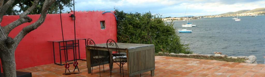 maison face etang terrasse 2